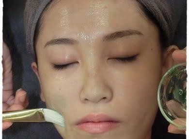 【高雄spa按摩推薦】高雄spa會館做臉好多人推薦唷!做臉清粉刺完讓我的肌膚透亮有光澤~
