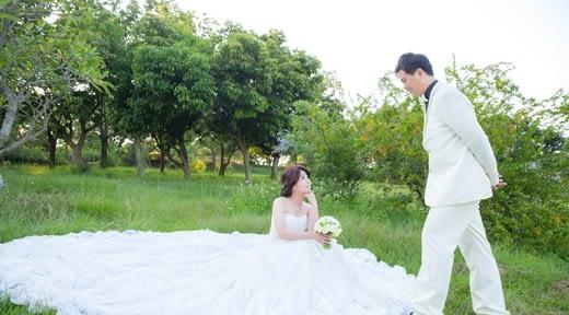 【婚紗推薦】網路超多人推薦的高雄婚紗店~是評價很高的婚紗禮服出租攝影公司,不僅價格很滿意,婚紗照更讓我們喜歡!