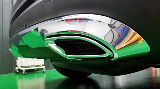 【汽車鍍膜推薦台北】台北汽車鍍膜價錢分享,車體鍍膜的介紹和玻璃鍍膜的價格都蠻公道的,就連新車鍍膜後的前後比較差異也很大呢,可見技術真的很專業!