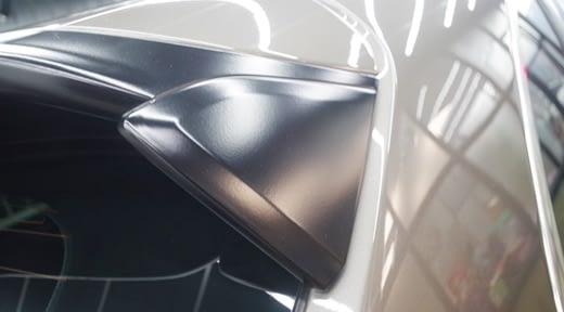 【台北汽車美容保養】台北汽車鍍膜評論網上,有許多車主對車體鍍膜的技術都很推薦,分享我的日本類玻璃鍍膜效果~